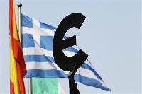 Euro zone discuss capital controls if Greece exits euro