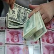 China Oct export growth 5-mth high, trade surplus swells