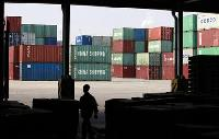 China exports rise much weaker than expected