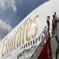 Dubai's Emirates says no interest in Indian carriers