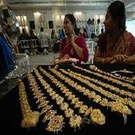 MCX GOLDPETAL August contract trades flat