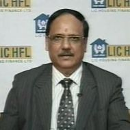 VK Sharma, Dir & Chief Executive , LIC Housing Finance