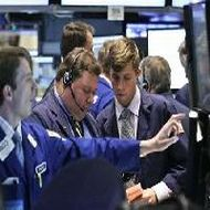 Global stocks, oil fall on US results, economy fears