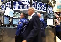Wall St tumbles on European summit skepticism