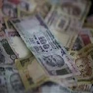 Rupee's fall partly due to global factors: RBI