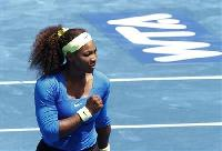 Serena Williams reaches Madrid Open semis, beats Sharapova