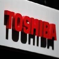 Toshiba to cut memory chip production by 30%