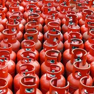 VIPs misuse LPG subsidy, 91 cylinders for Mayawati in a yr