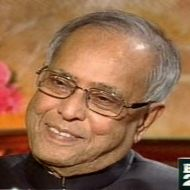 President poll: Eyes on UPA meet, Pranab or a 'dark horse'?
