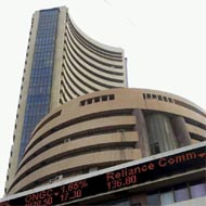 Sensex, Nifty edge up; led by liquidity hopes