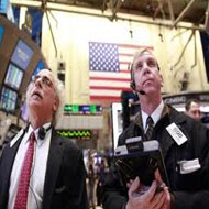 Wall St ends higher on strong earnings start