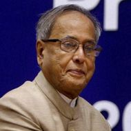 Lokpal issue: Pranab stresses on Constitutionality
