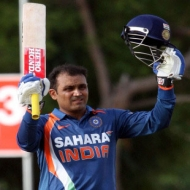 Kapil, Vengsarkar want Sehwag to score ton in 100th Test